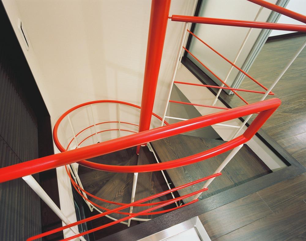 メゾネット住戸 らせん階段