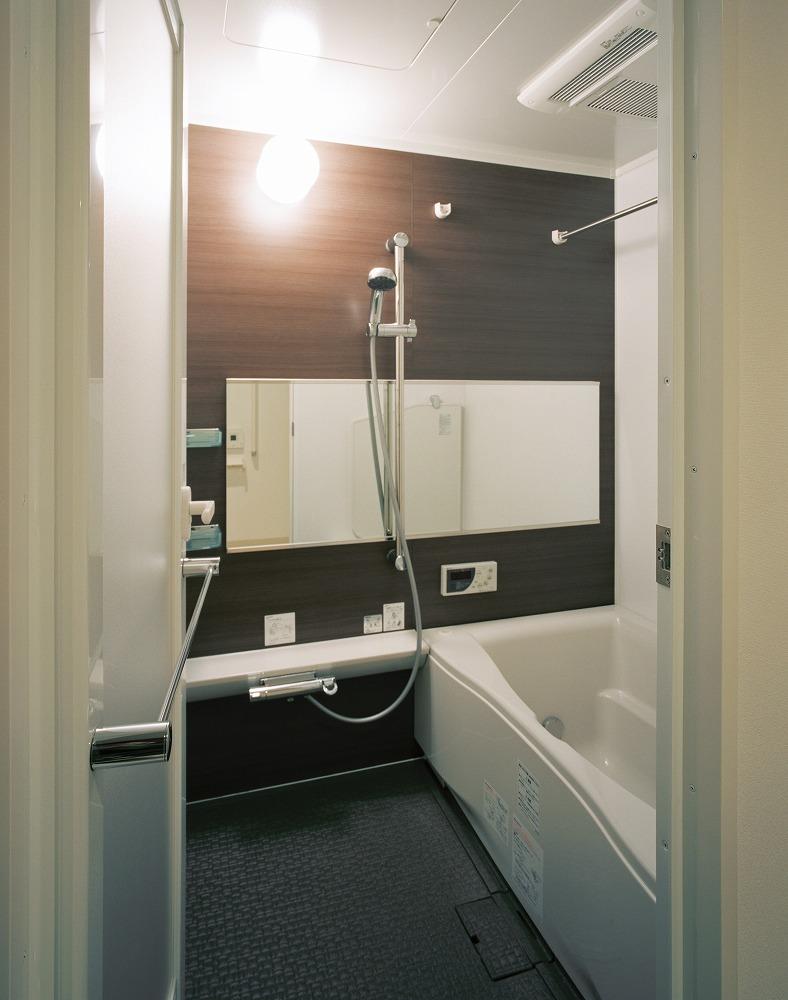 メゾネット住戸 バスルーム